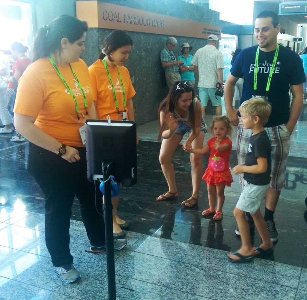 Paolo interacting with other SIGGRAPH attendees